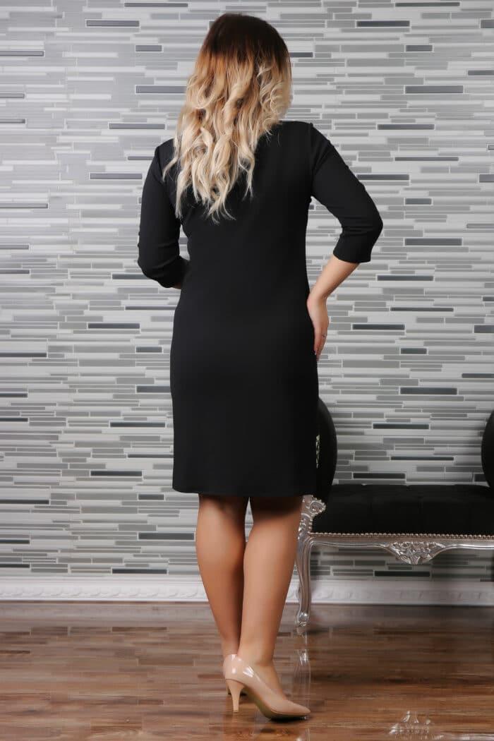 rochie traditionala cu ciucuri