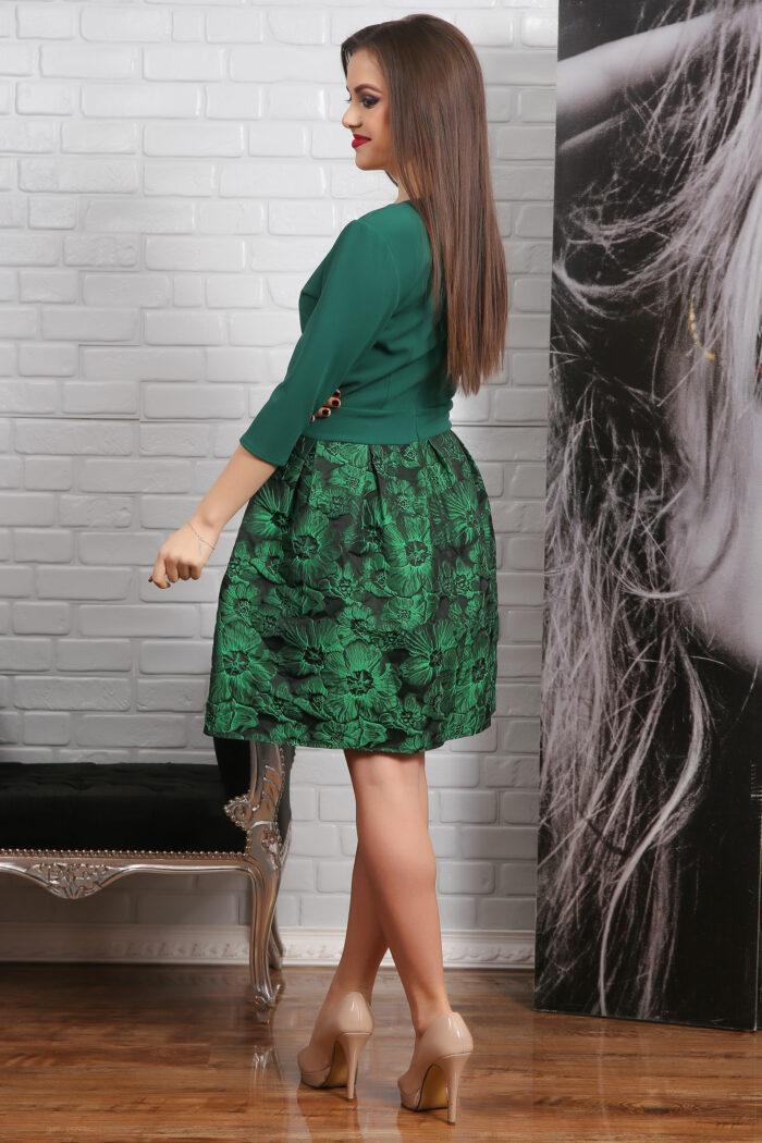 Rochie Rosie Din Jacuard Floral , pentru orice siluetă. Sute de modele în trend!Colectia noua derochiide ocazie!